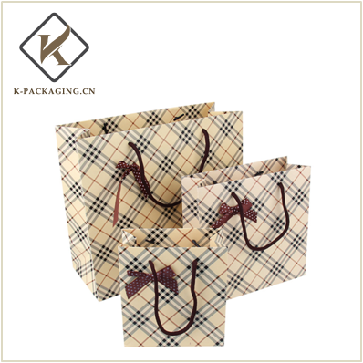 Good quality paper bag with bowknot