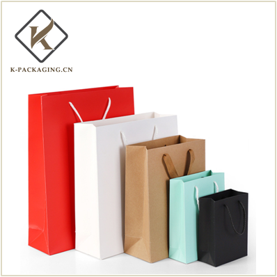 Customized Kraft paper gift bag